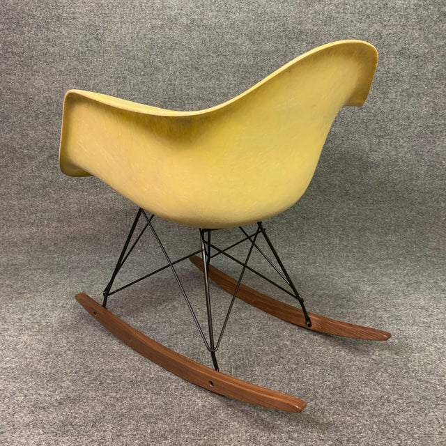 Metal Vintage Mid Century Charles Eames Fiberglass Rocking Chair For Sale - Image 7 of 12