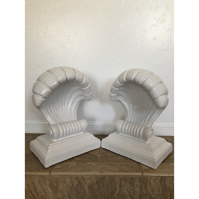 1970s Vintage Coastal Regency Scale White Lacquered Shell Bas - a Pair For Sale - Image 9 of 12