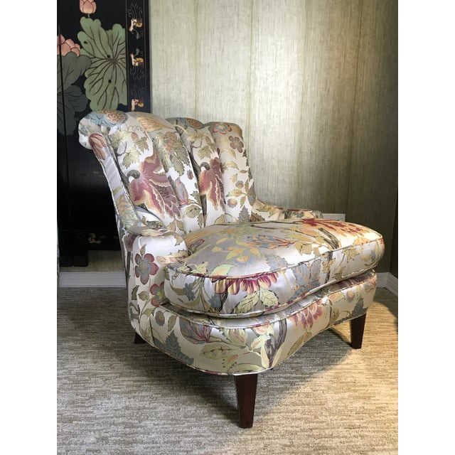 Alabaster 1940s Pullman Armless Floral Silk Upholstered Slipper Chairs - a Pair For Sale - Image 8 of 13