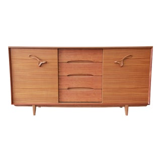 "Paul Laszlo for Brown Saltman ""Treasure Chest"" 21-Drawer Dresser or Credenza For Sale"