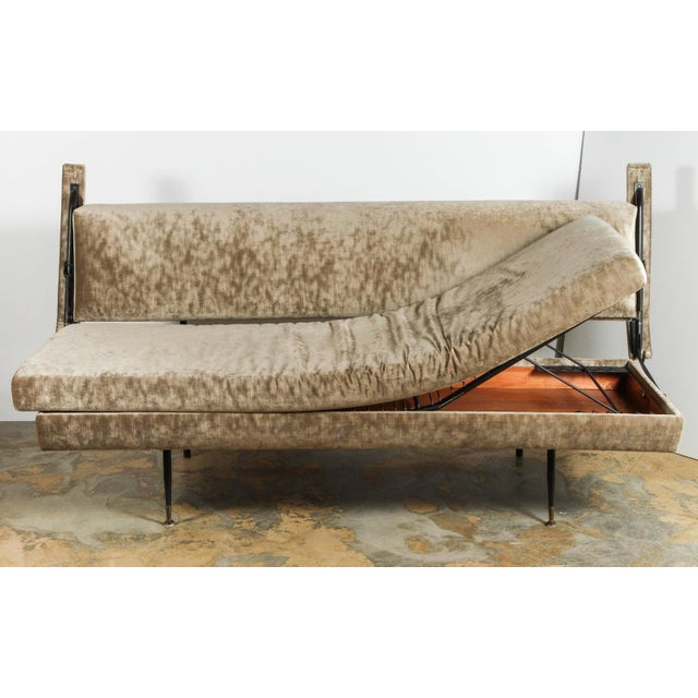 Italian Mid-Century Osvaldo Borsani Style Sofa / Daybed For Sale - Image 9 of 12