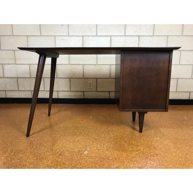 Paul McCobb for Winchendon/Planner Group Refinished Desk For Sale - Image 9 of 10