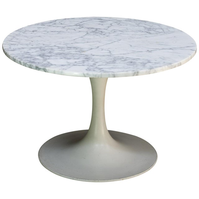 1960s International Style White Carrara Marble Tulip Coffee Table by Burke For Sale In Washington DC - Image 6 of 6
