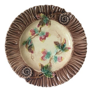 1890s French Majolica Strawberry Wall Plate For Sale
