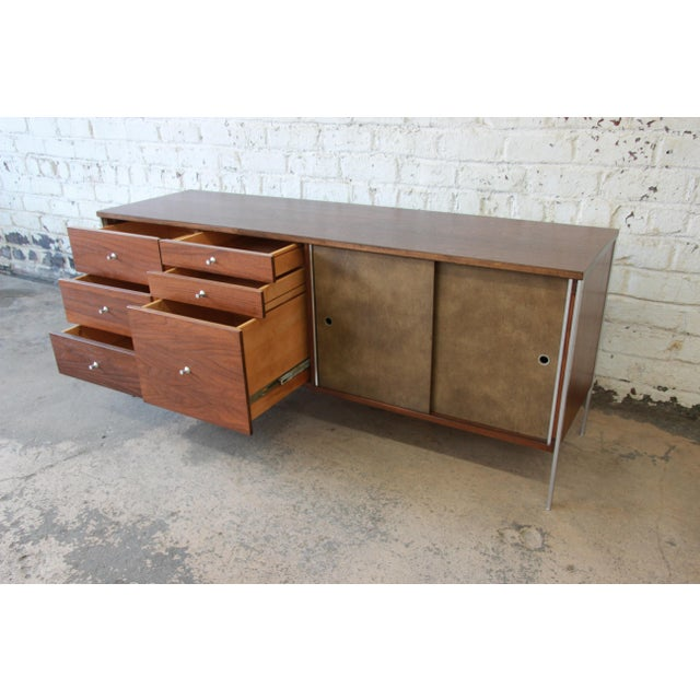 Paul McCobb Area Plan Units Mid-Century Modern Walnut Low Credenza For Sale - Image 9 of 14