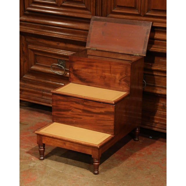 Late 19th Century 19th Century English Mahogany Leather Top Library Step Ladder With Storage For Sale - Image 5 of 13
