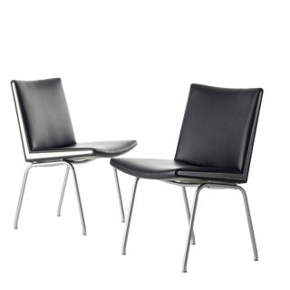 Mid-Century Modern Black Vinyl and Steel Kastrup Chairs by Hans Wegner Made by a.p. Stolen - a Pair For Sale