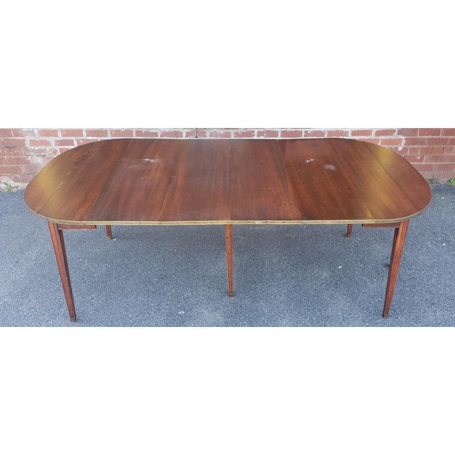 20th Century Mahogany Regency Style Brass Edge Drop Leaf Dining Room Table W/ 4 Leaves C1950 For Sale In New York - Image 6 of 13