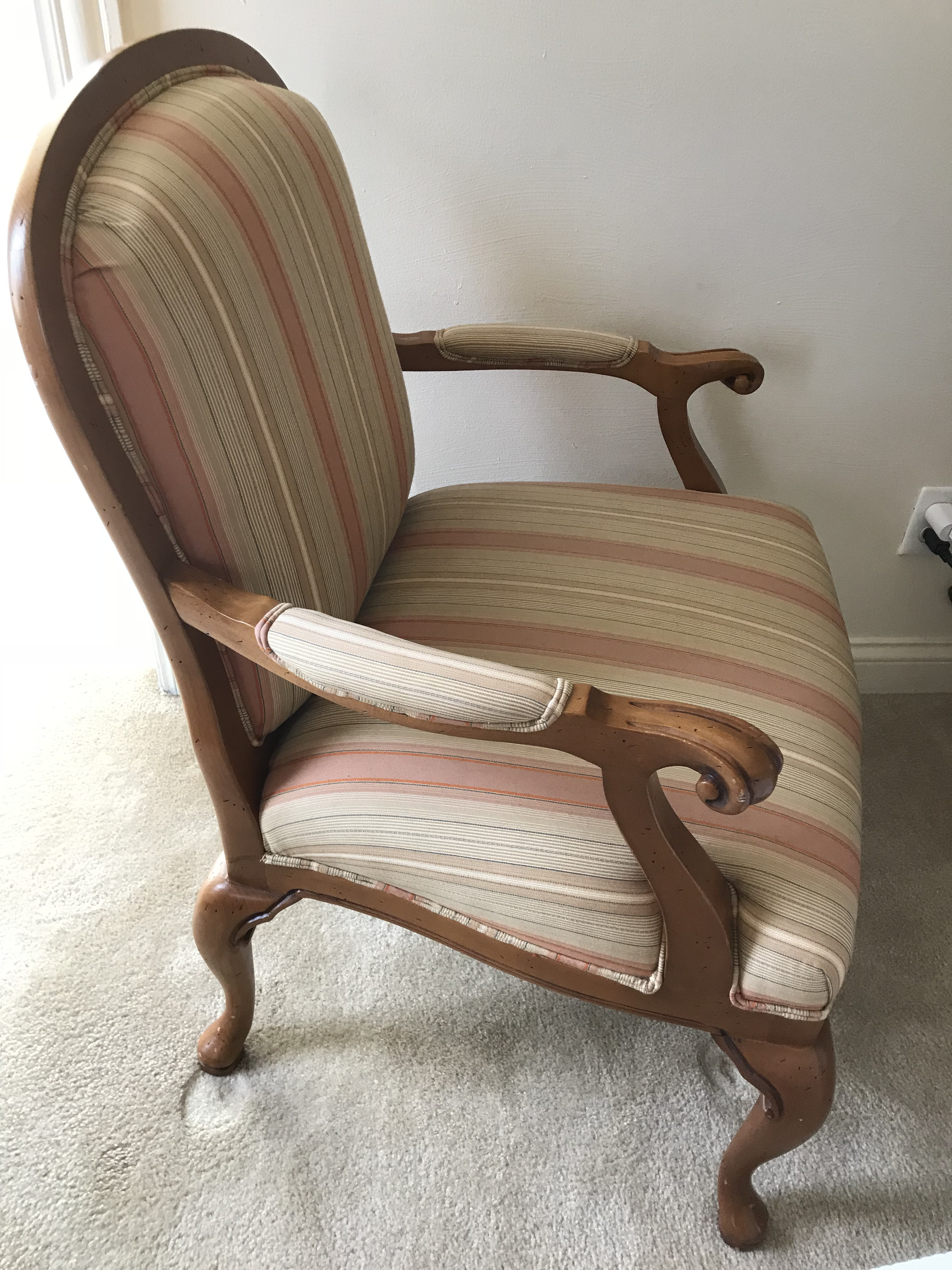 Attrayant Contemporary Heckmann Furniture Carved Wood Upholstered Arm Chair For Sale    Image 3 Of 6