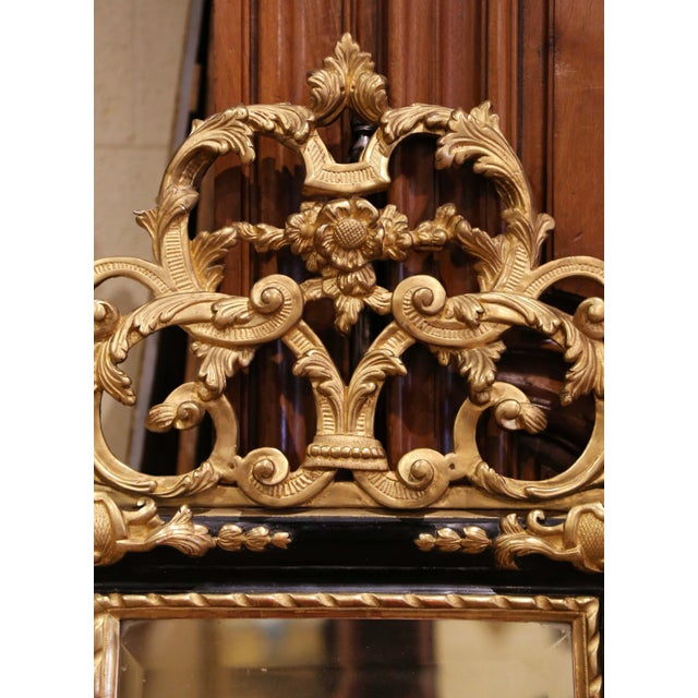 Late 18th Century 18th Century French Louis XV Carved Giltwood and Blackened Mirror From Provence For Sale - Image 5 of 13