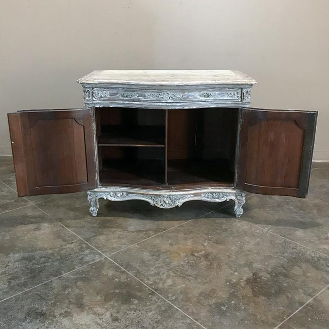 Paint 19th Century French Regence Whitewashed Commode For Sale - Image 7 of 13