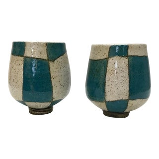 Dwo Wen Chen Three Wheel Studio Pottery Cups. - a Pair For Sale