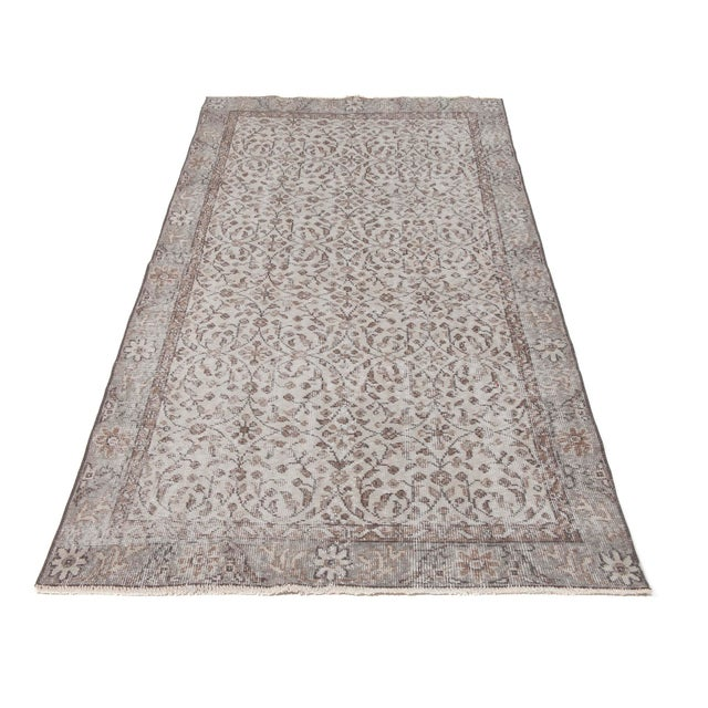 Handknotted vintage rug from Oushak region of Turkey. Approximately 45-60 years old . In very good condition.