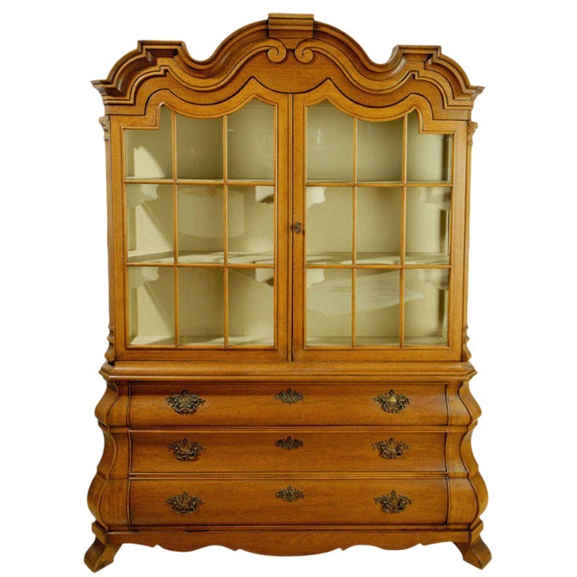 Dorothy Draper Viennese Collection Display Cabinet For Sale