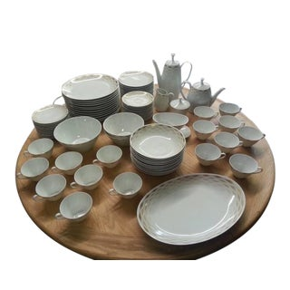 Arzberg Candlelight Dinner Set Made in Germany Pattern #3093 - 88 Pieces For Sale