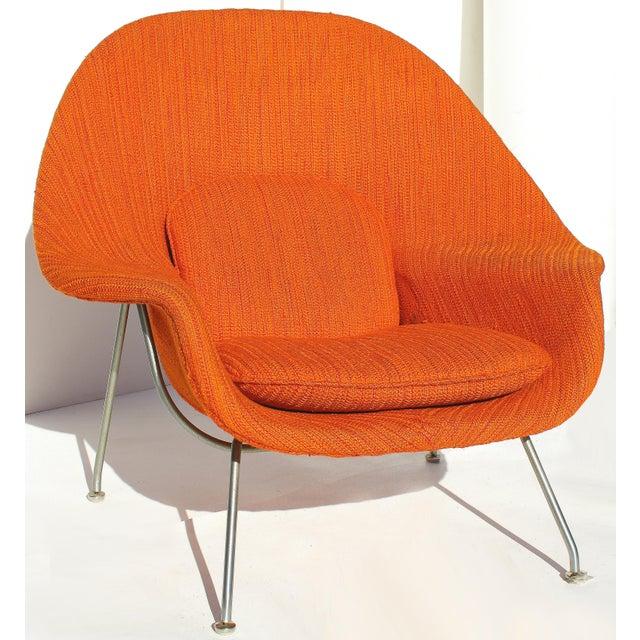 Orange Eero Saarinen Womb Chair With Original Upholstery and Steel Frame For Sale - Image 8 of 12