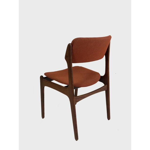 Oddense Maskinsnedkeri Mid-Century Modern Erik BuchRosewood Dining Chairs by Oddense Maskinsnedkeri - Set of 6 For Sale - Image 4 of 6