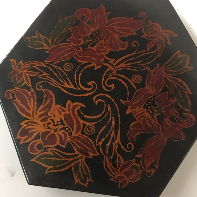 Vintage Black Lacquer Hexagon Box - Image 9 of 11