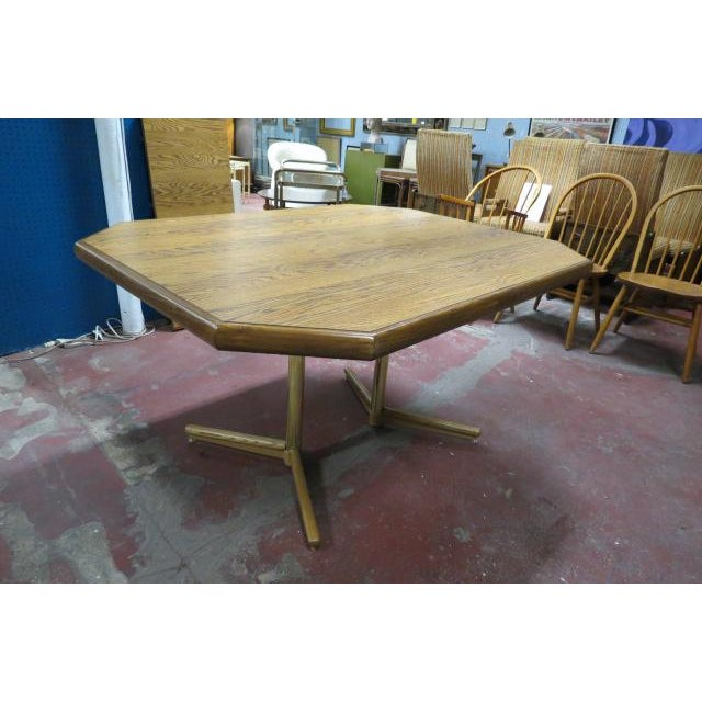 Vintage 70 S Octagonal Oak Dining Table With Leaf Chairish