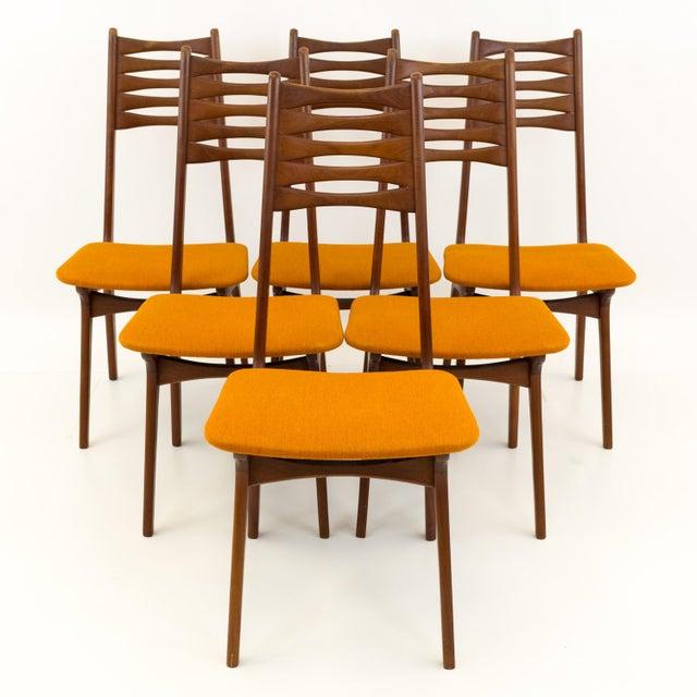 R Huber Niels Koefoeds Hornslet Style Mid Century Teak Bow Tie Ladderback Dining Chairs Each chair measures 17.5 wide x 20...