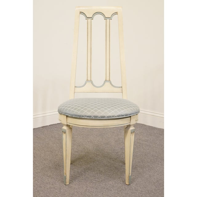 American of Martinsville Late 20th Century Vintage American of Martinsville Cotillion Collection French Provincial Chair For Sale - Image 4 of 8