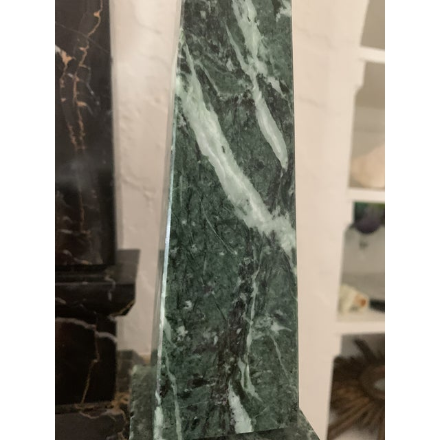 Grand Tour Early 20th Century Green Marble Obelisk For Sale - Image 3 of 5