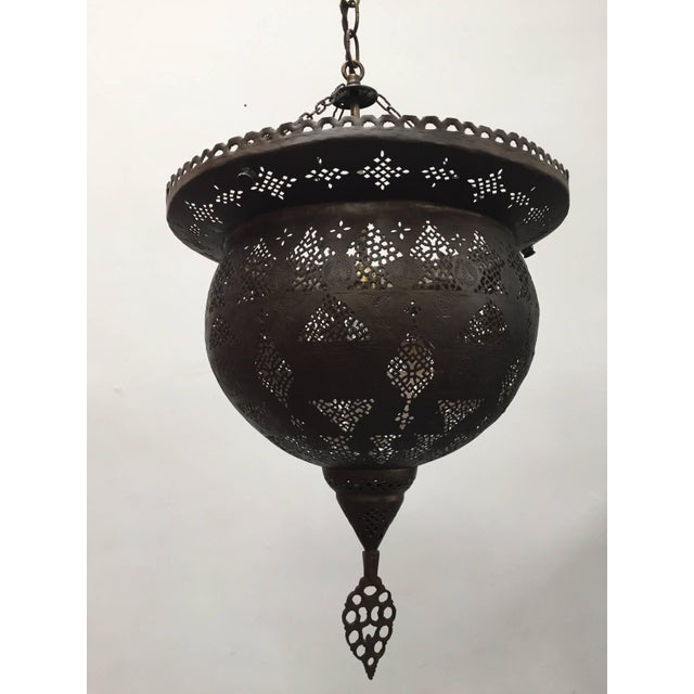 Mid 19th Century Antique 19th Century Hand-Crafted Moorish Pierced Brass Turkish Chandelier For Sale - Image 5 of 10