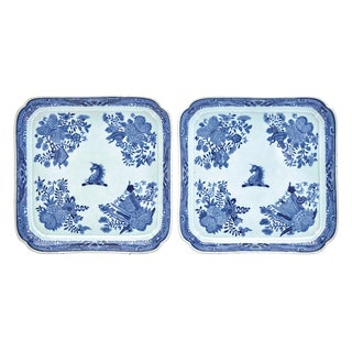 1800 Chinese Export Crested Blue Fitzhugh Footed Trays, Beale Family - a Pair For Sale