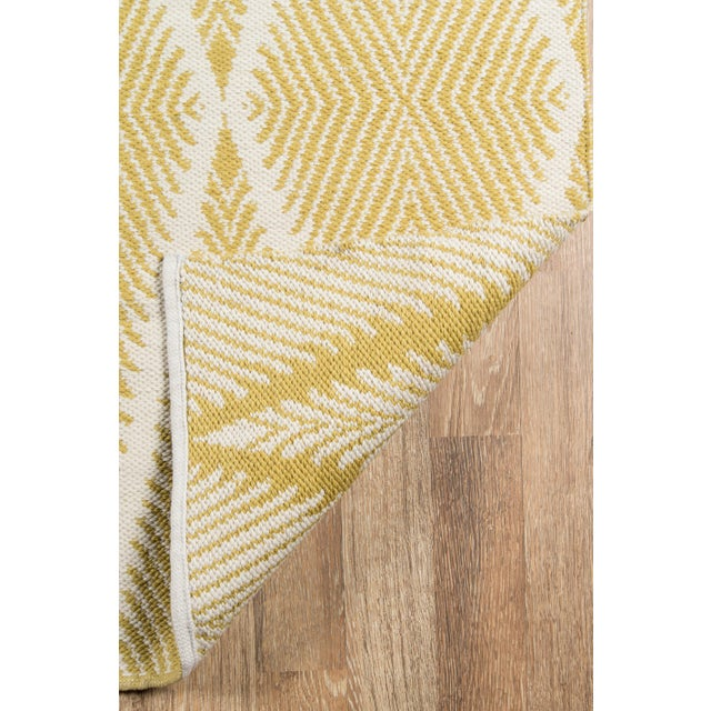 """2010s Erin Gates by Momeni River Beacon Citron Indoor Outdoor Hand Woven Area Rug - 5' X 7'6"""" For Sale - Image 5 of 7"""