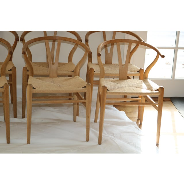 Tan Hans Wegner for Carl Hansen & Son Ch24 Wishbone Chairs - Set of 8 For Sale - Image 8 of 13