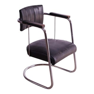 Machine Age Tubular Chrome and Leather Cantilevered Armchair For Sale