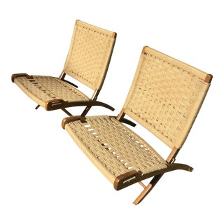 1960s Vintage Wegner Style Rope Seat Folding Chairs- a Pair For Sale