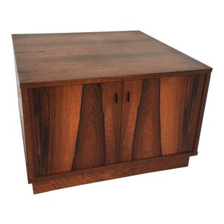Moreddi Rosewood Square Cube End Table For Sale
