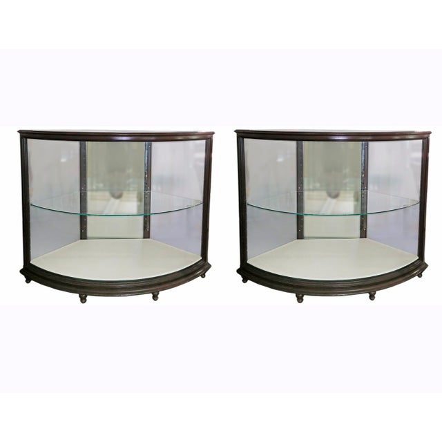 Curved Glass Showcases - a Pair For Sale - Image 4 of 4
