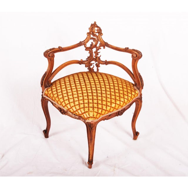 Carved Louis XV walnut corner chair, France, 1870 For Sale - Image 11 of 11