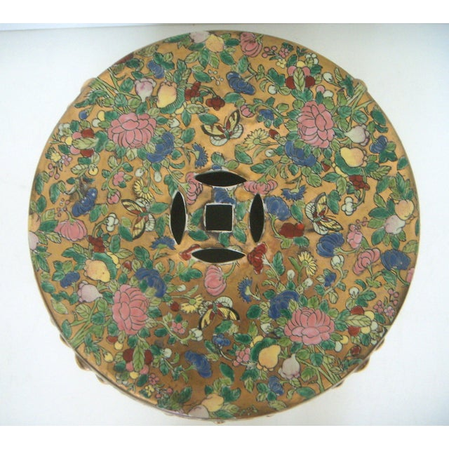 Chinese Rose Medallion Garden Seat/Drum Stool, Gilt Top & Butterflies For Sale - Image 4 of 9