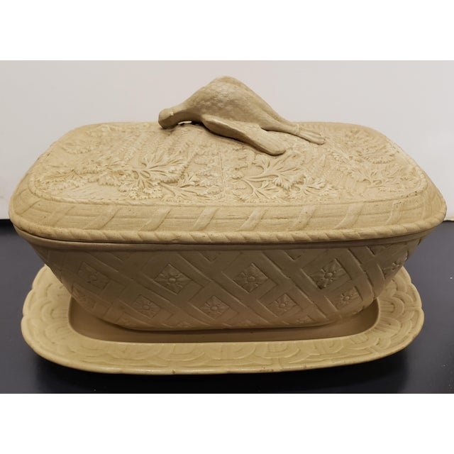 Early to Mid 19th Century English Wedgwood Caneware Game Pie Dish With Underplate - 2 Pieces For Sale - Image 13 of 13