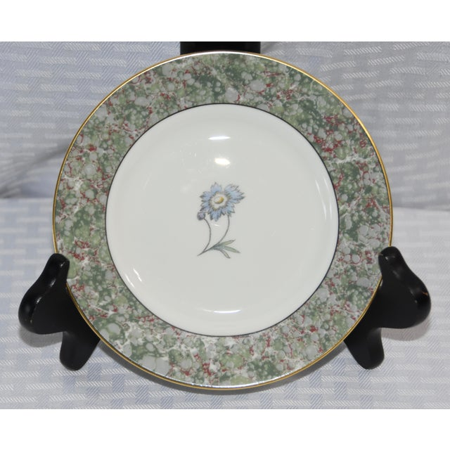 Art Deco 1990 Humming Birds by Wedgwood Bread & Butter Plates - Set of 6 For Sale - Image 3 of 6