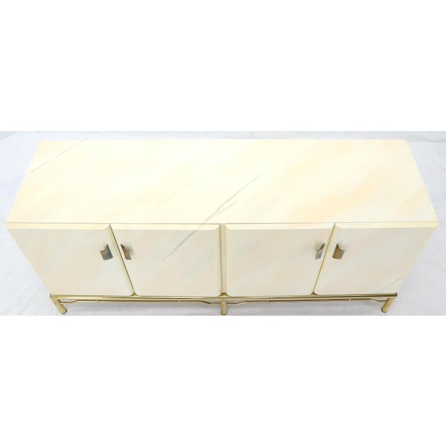 Mid 20th Century Mid-Century Modern White Lacquer Faux Finish Door 4 Doors Credenza on Brass Base For Sale - Image 5 of 11