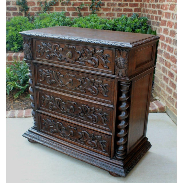 Mid 19th Century Antique French Oak Mid-19th Century Renaissance Revival Barley Twist 3-Drawer Chest Entry Commode Cabinet For Sale - Image 5 of 13