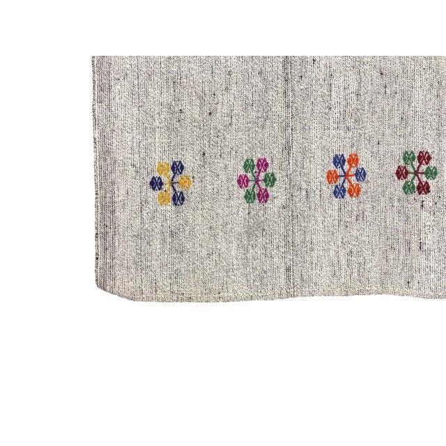 Turkish Natural Patterned Handwoven Kilim Rug - 6′1″ × 8′10″ For Sale - Image 6 of 7