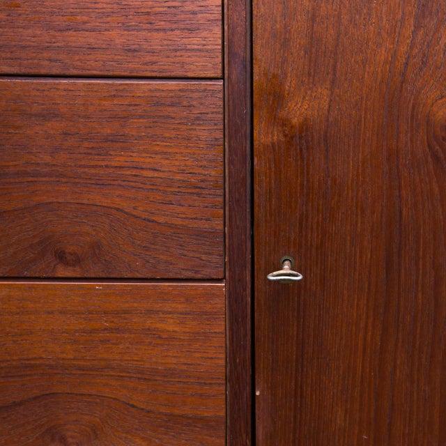 Arne Wahl Iversen for Vinde Mobelfabrik Danish Modern Teak Dresser For Sale - Image 5 of 10