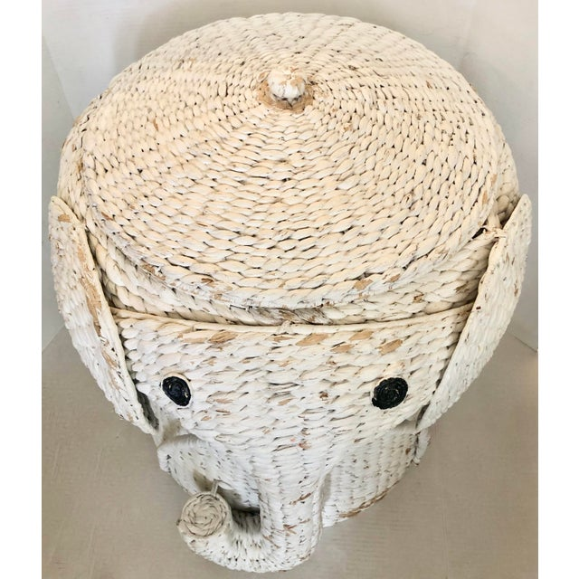 XL vintage elephant basket with lid. Cute and very decorative. Perfect to storage toys or as hamper.