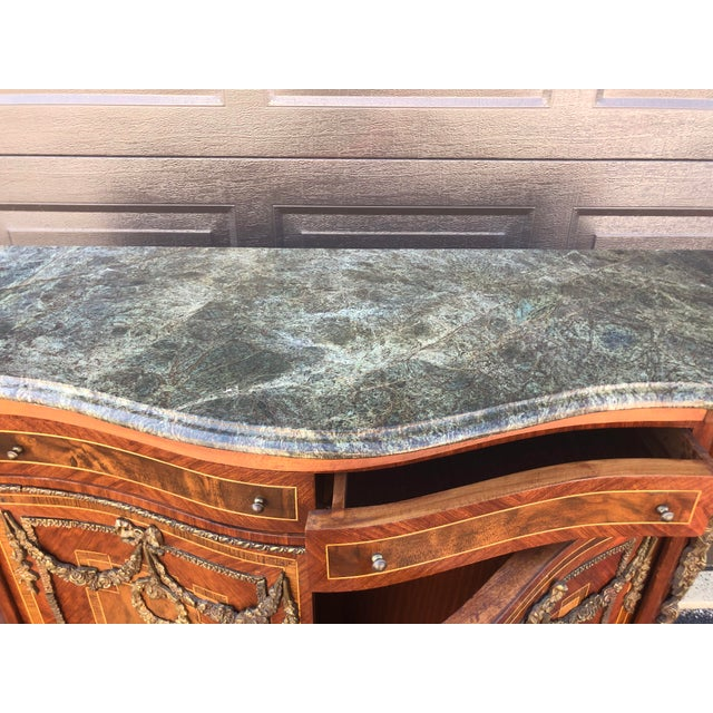 Early French Louis XV Commode Cabinet For Sale In Cleveland - Image 6 of 13