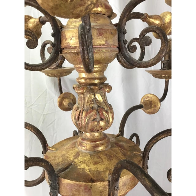 Metal Italian 19th Century Carved Wooden Fragments Chandelier With 12 Arms For Sale - Image 7 of 13