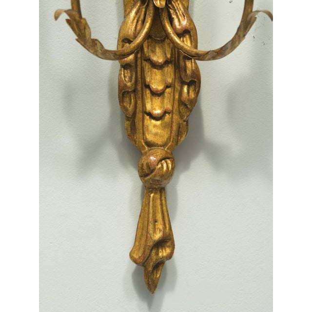 1960s Pair of Italian Giltwood Sconces For Sale - Image 5 of 7