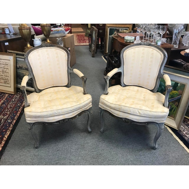 Early 20th Century Vintage Louis XV Slipper Chairs- a Pair For Sale In New York - Image 6 of 6