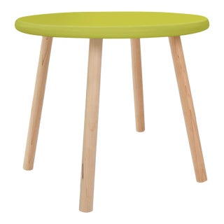 "Peewee Small Round 23.5"" Kids Table in Maple With Green Finish Accent For Sale"