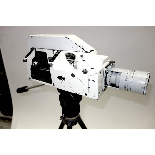 Military Analysis Cinema Camera. Circa Mid 20th Century. Display As Sculpture. On Vintage Tripod. For Sale - Image 4 of 7