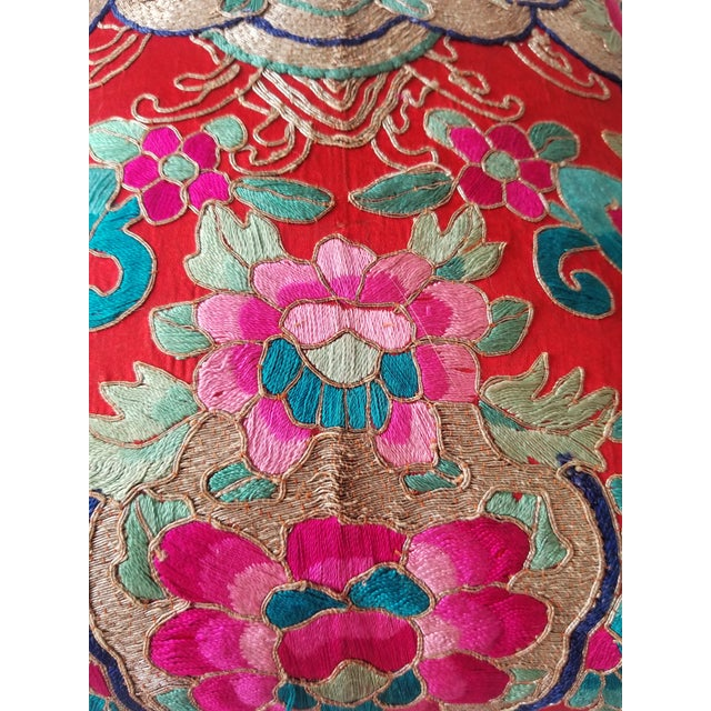 Hot Pink Anglo-Indian Silk Embroidered Tapestry Cushions With Ikat Backs For Sale - Image 8 of 13
